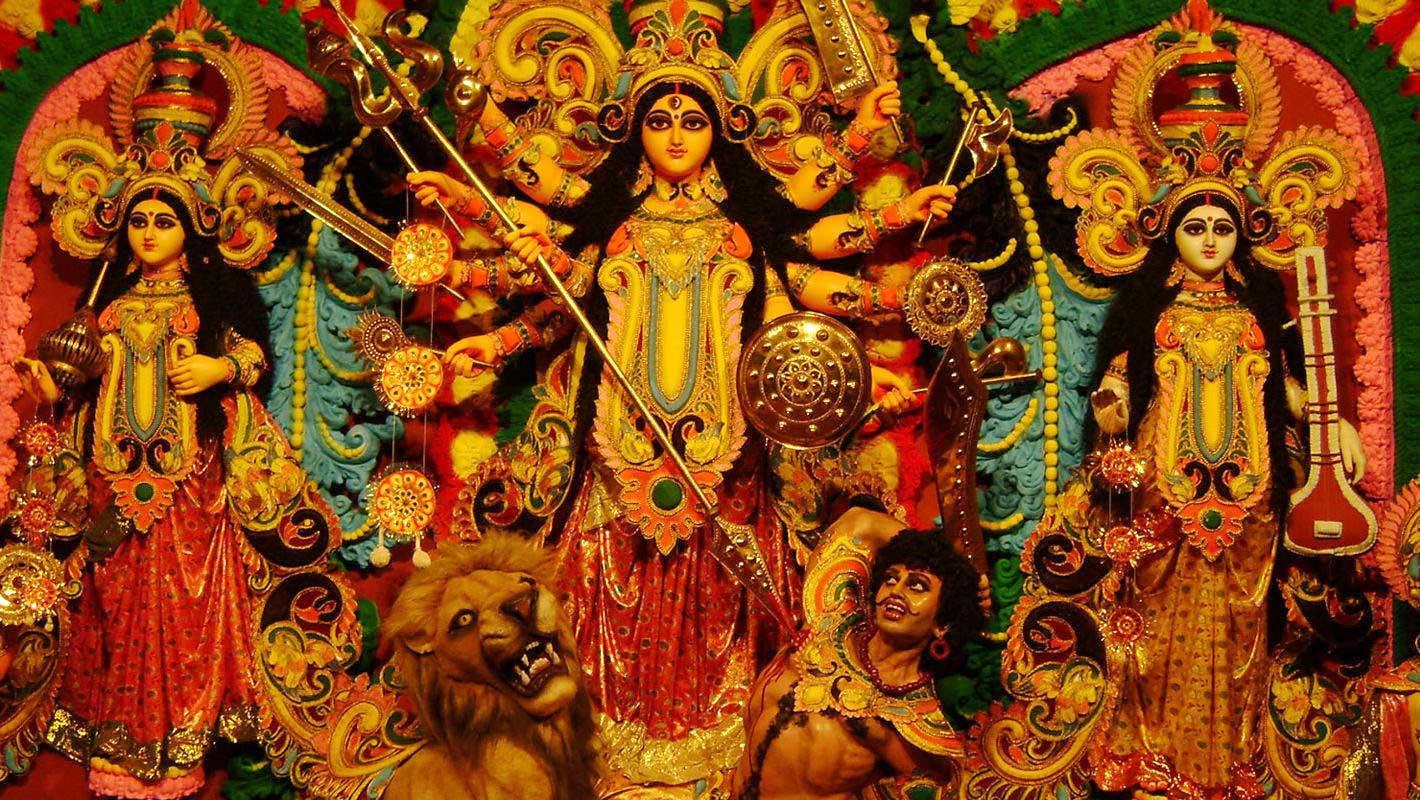 দুর্গাপূজার সময় নিয়ম আনন্দ মেলা, উৎসব, প্রতিমা বিসর্জনের খবর