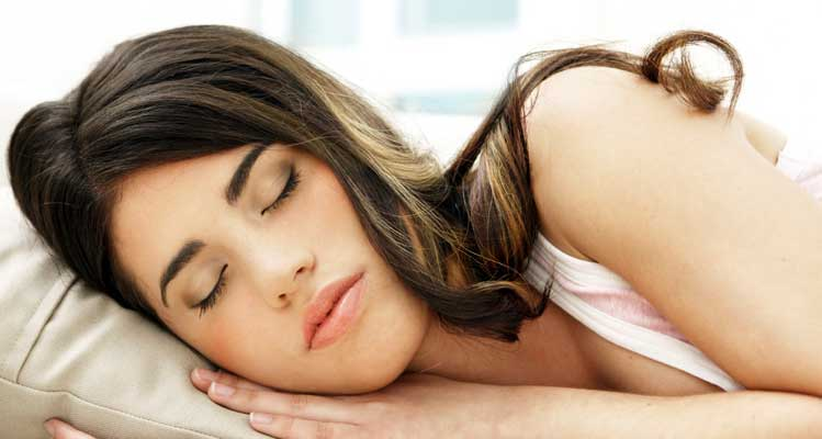 Wear loose-fitting clothes to sleep comfortably