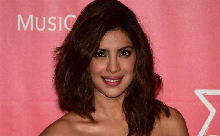 Priyanka Chopra wants to be Bond girl