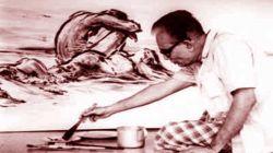 আঁকায় মগ্ন শিল্পাচার্য জয়নুল আবেদিন
