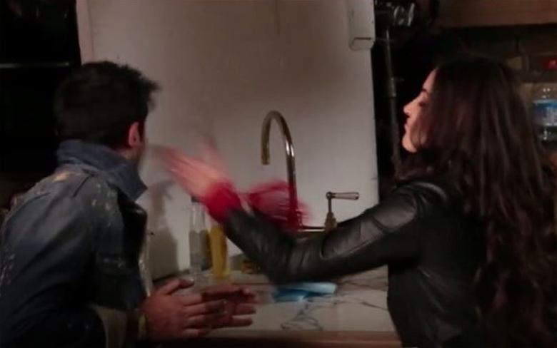 Anushka Sharma slaps Ranbir Kapoor (video)
