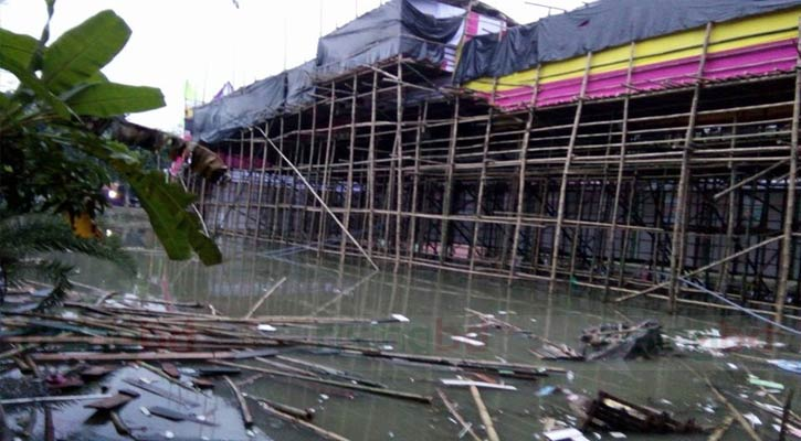 20 hurt after Puja Pandal collapse in Rajbari