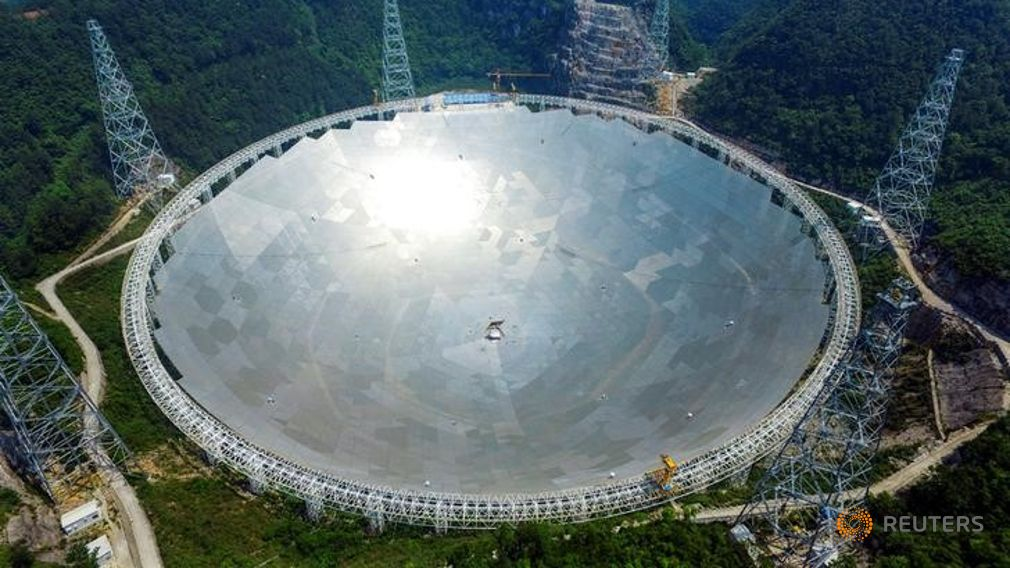 China launches world`s largest radio telescope