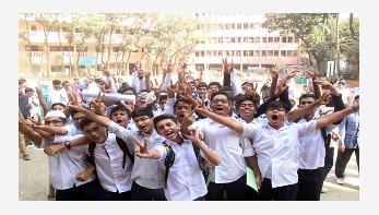 Passing rate of PEC exams 98.51%, Ebtedayee 95.85%