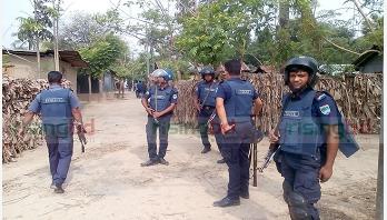 Operation ends at Jhenidah militant den
