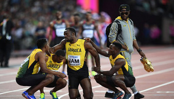 Injury floors Bolt, ruins final farewell