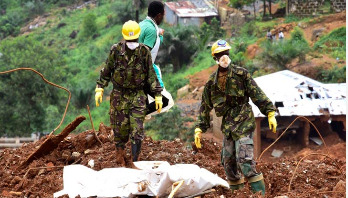 Sierra Leone: Death toll from landslide nears 500