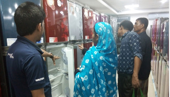 চট্টগ্রামে ওয়ালটন ফ্রিজ বিক্রির ধুম
