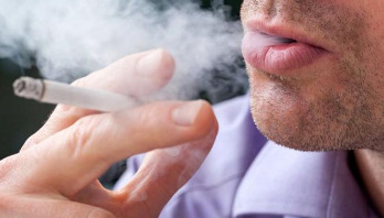 One cigarette a day increases heart disease, stroke risk