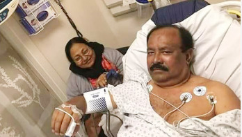 Film maker Kazi Hayat hospitalized in New York