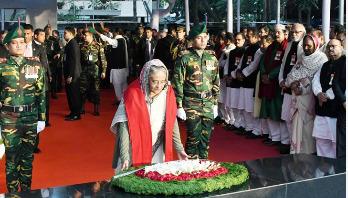 PM places wreath at Bangabandhu's portrait