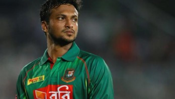 Finger injury throws Shakib out of play for two weeks