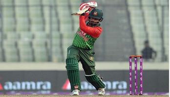Bangladesh set 321 runs target for Sri Lanka