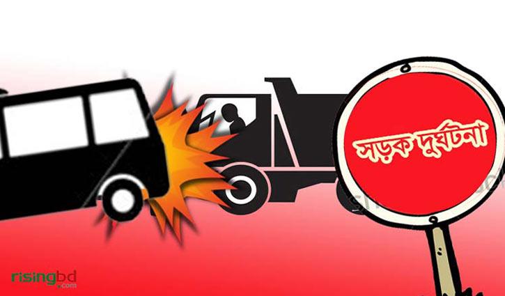 Bus-truck collision kills 3 in Sylhet