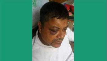 রাবি শিক্ষককে মারধর : ইন্টার্ন চিকিৎসদের বিরুদ্ধে মামলা