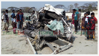 12 killed in Narsingdi road crash