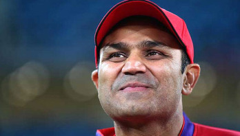 Sehwag 'pleased' with Dhoni's removal as captain