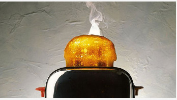 Eating burnt toast may increase cancer risk