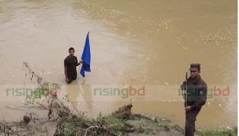 নদী ভাঙনে বদলে যাচ্ছে বাংলাদেশ-ভারত সীমারেখা