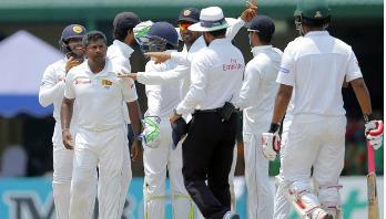 শ্রীলঙ্কান টেস্ট ক্রিকেটারকে আকসুর জিজ্ঞাসাবাদ