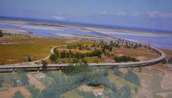 India opens longest bridge on China border