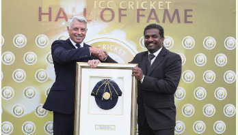 Muralitharan inducted into ICC's Hall of Fame