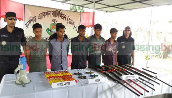 5 pirates held with firearms in Hatiya