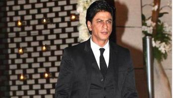 Shah Rukh Khan loses his temper!