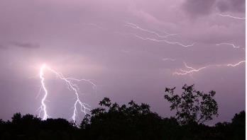 Lightning strike kills three in Nasirnagar