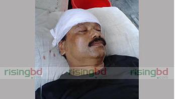 পিরোজপুরে কলেজ শিক্ষককে কুপিয়ে আহত