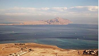 Egypt's Sisi approves island transfer to Saudi Arabia