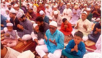 Shakib celebrates Eid in Magura