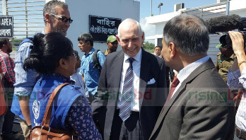 IOM DG Swing visits Rohingya camps in Cox's Bazar