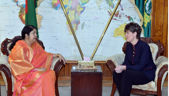 'Persecution on Rohingyas is crime against humanity'