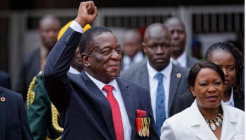 Zimbabwe's new President sworn in