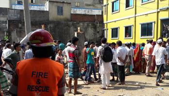 3 sisters among 4 die in N'ganj wall collapse