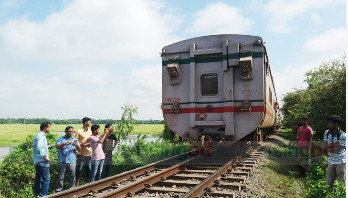 Dhaka-North Bengal rail link resumes