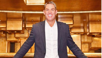 Shane Warne cleared of assault allegations