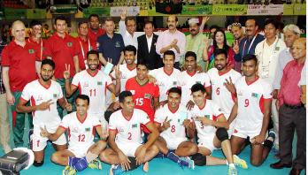Bangladesh reach semifinal