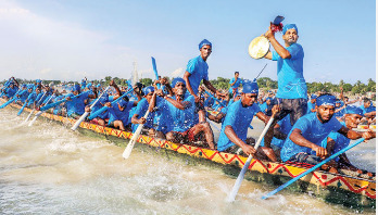 নৌকাবাইচ : শ্রমজীবী মানুষের উৎসব