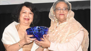 PM dedicates Global Women's Award to women
