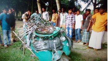 Six killed in Mymensingh as bus runs over auto-rickshaw