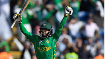 Mohammad Hafeez to play for Rajshahi Kings