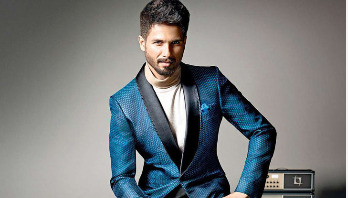 Shahid Kapoor debunks stomach cancer reports