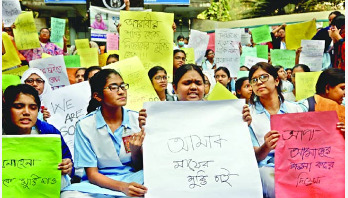 VNSC students' demo for teacher's release