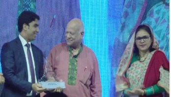 Walton receives Digital Bangladesh Award