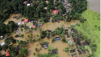 Century's worst flood leaves 324 people dead in Kerala