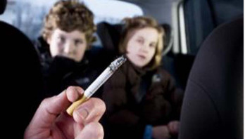 Child passive smoking 'increases chronic lung risk'