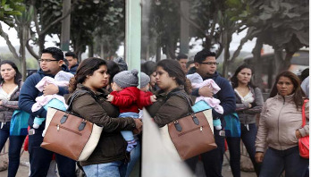 Ecuador tightens entry rules for Venezuelan migrants