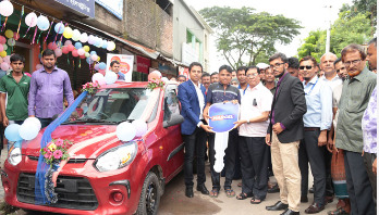 Khulna hawker gets new car after buying Marcel fridge